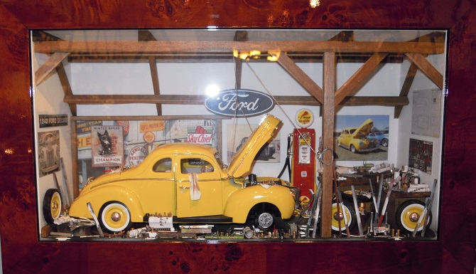 Car Display Box – Ford Deluxe