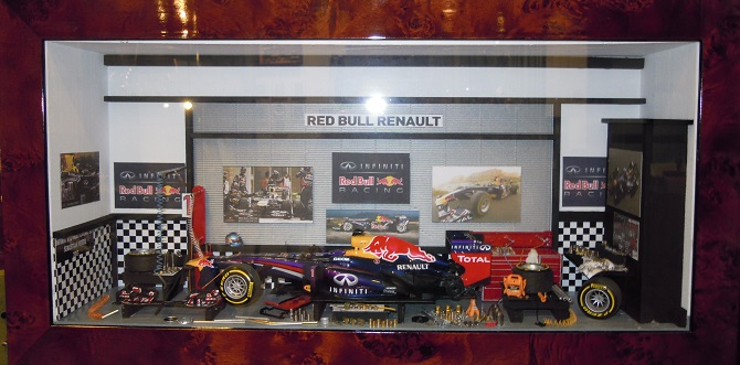 Car Display Box – Red Bull