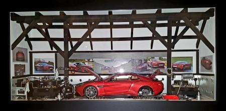 Aston Martin Vanquish (3)