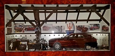 Car Display Box – Maserati Levante