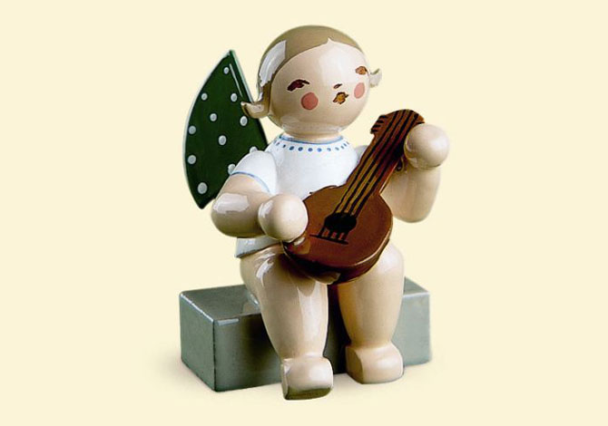 Angel With Mandolin – Sitting RTD